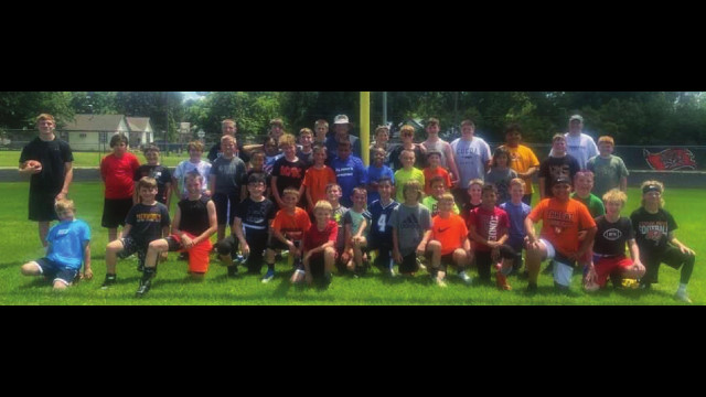 Mike Kirtley Buc football campers