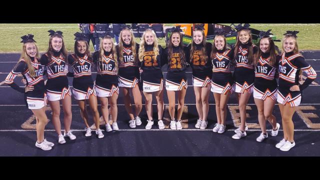 Tonkawa varsity cheerleaders